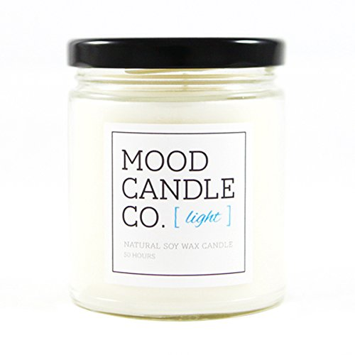 - Natural Soy Candle, Light Fragrance, 50 Hours, Scent Notes of Bamboo, Green Tea Leaves, Thyme, White Flower and Amber, Great for Aromatherapy, Yoga and Meditation, Non-Toxic
