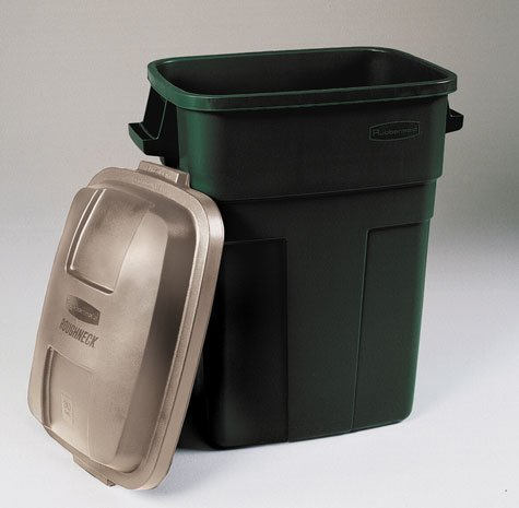 Rubbermaid Roughneck Trash Container 30 Gal Rectangular Plastic Evergreen, Gold ()