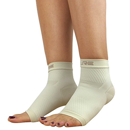 Ultimate Plantar Fasciitis Compression Sleeves (pair) – Relieve Plantar Fasciitis Pain, Arch Support – Lightweight Brace, Foot Sleeve, Open Toe (Beige, S/M)