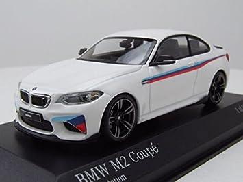 BMW M2 Coupe 2016 weiß Minichamps Modellauto 1:43