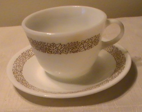 Cup Woodland Flat (Corning Corelle Woodland Brown Flat Pyrex Cups & Saucers - Set of 4 Ea.)