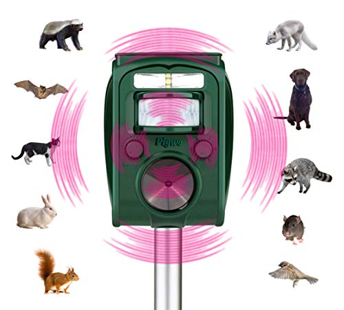 (PIGWO Ultrasonic Animal Repellent Solar Powered Pest Repeller Waterproof Outdoor Repellent with Motion Activated Pir Sensor Effective Repeller for Dogs, Cats, Squirrels and More)
