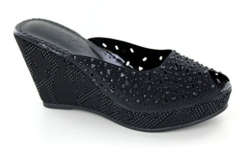 Helen's Black Wedge Shoe (Helens Heart)