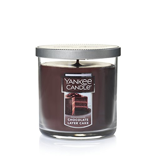 (Yankee Candle Small Tumbler Candle, Chocolate Layer Cake)