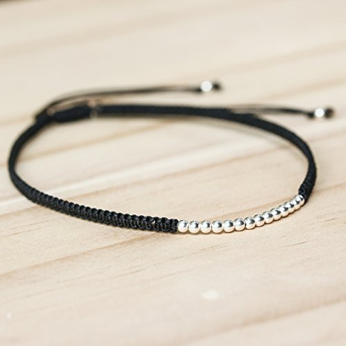 Adjustable friendship bracelet in cotton string and sterling silver beads at the - Center Sterling