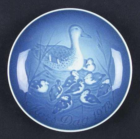 Bing & Grondahl 1973 Mothers Day Plate Mors Dag Platter Denmark Blue -
