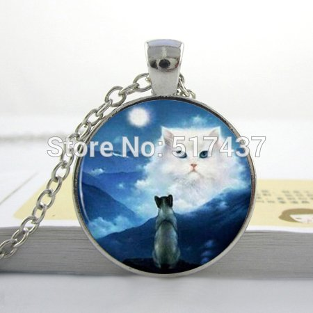 Pretty Lee Silver Cat Necklace Pendant Fantasy White Cat Blue Sky Moon Kitty Jewelry Gift Photo Art Glass Pendant