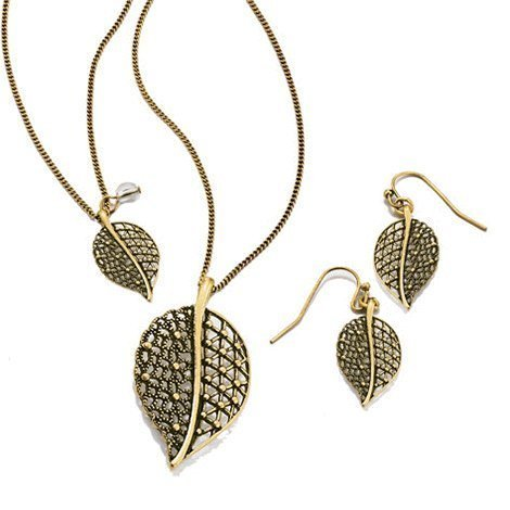 - Avon Filigree Leaf 3 Piece Gift Set
