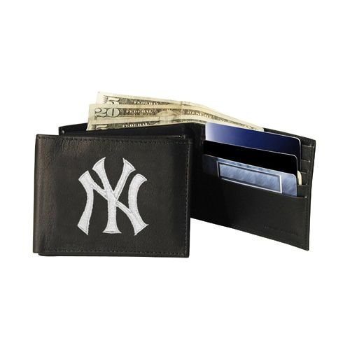 (Rico Industries MLB New York Yankees Embroidered Bifold Wallet)