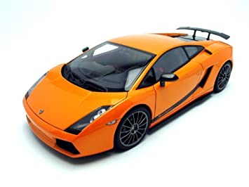 Lamborghini Gallardo Superleggera Diecast Model In Borealis