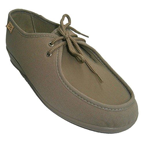 Zapatillas cordones muy anchas especial para pies muy delicados Doctor Cutillas en tostado