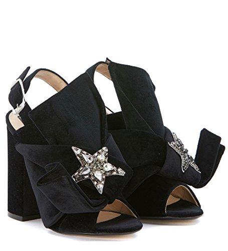 Sandalia N°21 en terciopelo negro con maxi lazo Negro