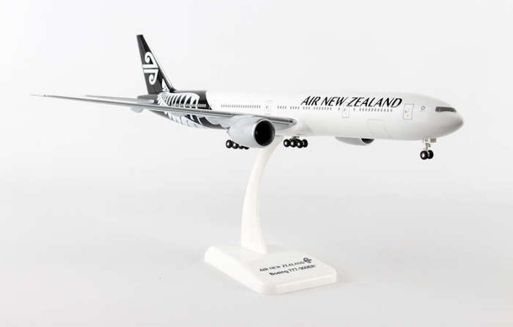 Boeing 777-300ER Air New Zealand NEW LIVERY 2014 Scale 1:200