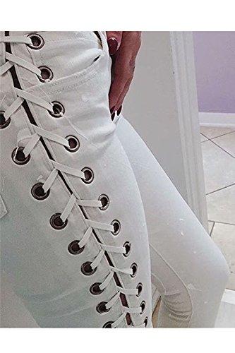 Lado delgado Hot de las mujeres en bandas de los pantalones vaqueros White