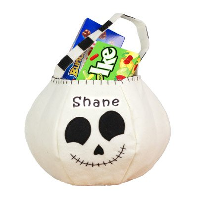 GiftsForYouNow Skeleton Personalized Trick or Treat Bag