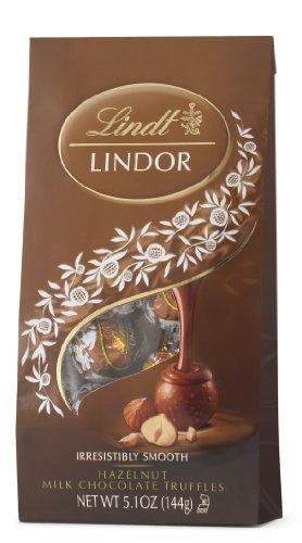 Lindt LINDOR Hazelnut Milk Chocolate Truffles, 5.1 Ounce (Hazelnut Truffles)