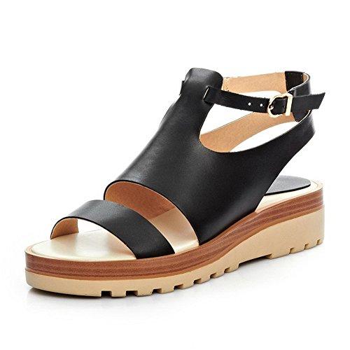 Allhqfashion Kvinna Rund Tå Låga Klackar Ko Läder Fasta Sandaler Med Metallspännen Svart