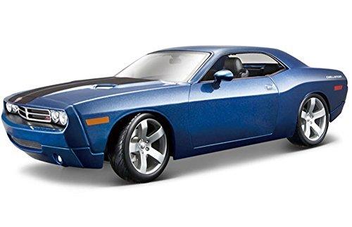Maisto Dodge Challenger Concept, Blue Premiere 36138 - 1/18 Scale Diecast Model Toy Car