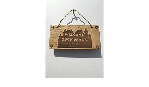 Twin Peaks bienvenido al Twin Peaks Población 51,201 ...