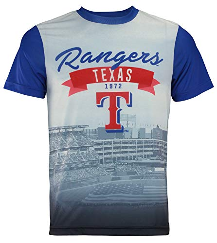 Texas Rangers Outfield Photo Tee by Forever Collectibles ()