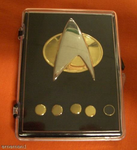 Star Trek Next Generations Communicator Pin Set -