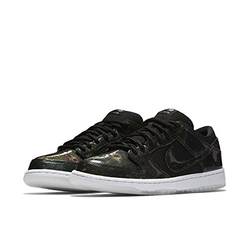 Men's Nike SB Dunk Low Skateboarding Shoe