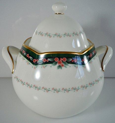 Noritake Belcourt Sugar Bowl and Lid