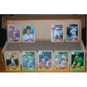 1987 Topps Baseball Complete Set (Barry Bonds Rookie) (Will Clark Rookie) (Bo Jackson Rookie) (Mike Greenwell Rookie) (Ruben Sierra Rookie) (Barry Larkin Rookie) (Raphael Palmeiro Rookie) (Pete Rose) (Roger Clemens) (Kirby Puckett) (Mike Schmidt) (Don Mattingly) (Cal Ripken) (Mark McGwire) (Jose Canseco)
