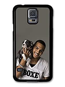 Chris Brown Holding Puppy Portrait case for Samsung Galaxy S5