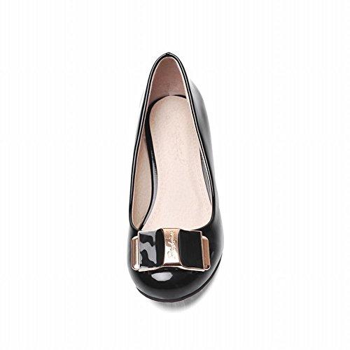 Carol Shoes Women's Concise Metal Ornament Low Heel Court Shoes Black dCKMjpvnZ5