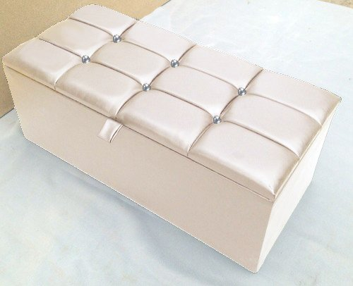 LARGE FAUX LEATHER CRYSTAL DIAMANTE OTTOMAN STORAGE BLANKET TOY BOX (CREAM) & LARGE FAUX LEATHER CRYSTAL DIAMANTE OTTOMAN STORAGE BLANKET TOY ... Aboutintivar.Com
