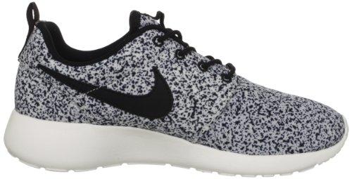 Amazon.com | Nike Wmns Roshe Run Black Sail (511882-003) | Fashion