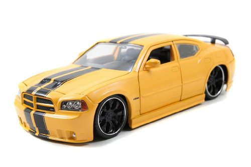 2006 Dodge Charger SRT8 1/24 Yellow w/ Black Stripes by Collectable Diecast