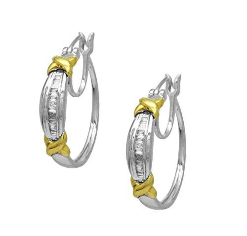 10k White Gold Two tone 0.20 Cttw Diamond Earrings Hoops ()