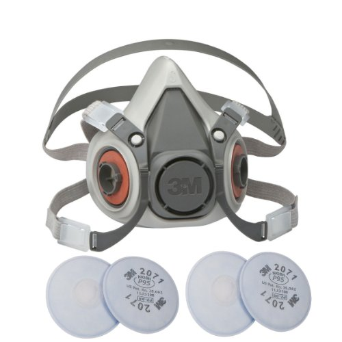 3M 6100 Small Half Mask Reusable Respirator with Adjustable Straps, with 2 Pairs of 3M 2071 Filters - Size Small 6100/07024