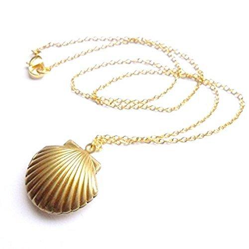 (MagicW Seashell Locket Pendant Necklace Sea Shell Locket Necklace Gold Tone Brass Locket Ocean Beach Locket Jewelry)