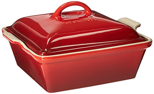 (Le Creuset Heritage Stoneware 2-1/2-Quart Covered Square Casserole, Cerise (Cherry Red))
