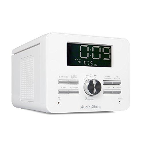 AudioAffairs CD-Uhrenradio - UKW-Radio-Wecker & AUX-IN - 2 Weckzeiten