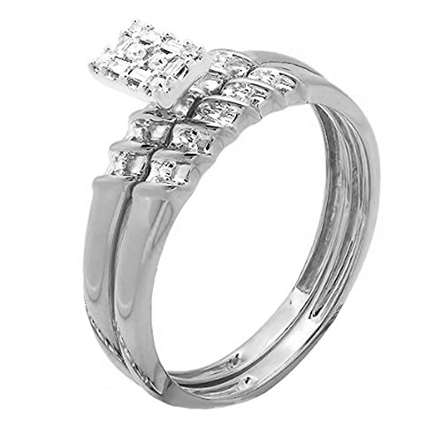0.10 Carat (ctw) 10K White Gold Round And Baguette Diamond Bridal Engagement Ring 1/10K ()