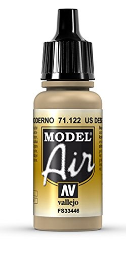 (Vallejo Desert Tan 686 Paint, 17ml)