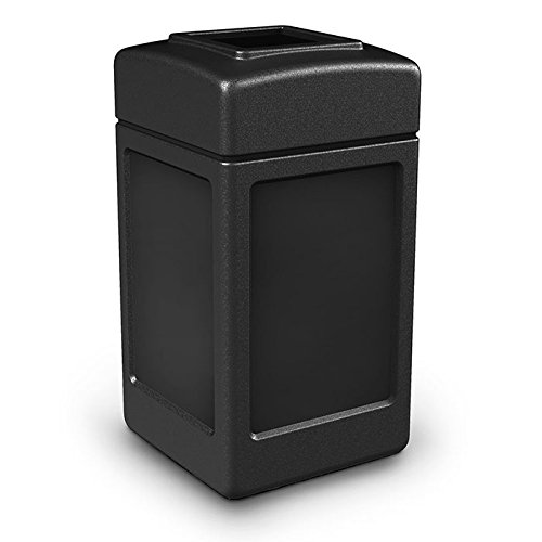 (Commercial Zone 42 gal. Square Commercial Trash Can)