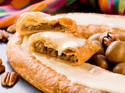 Wisconsinmade Butter - Danish Kringle by O & H, Cinnamon Roll