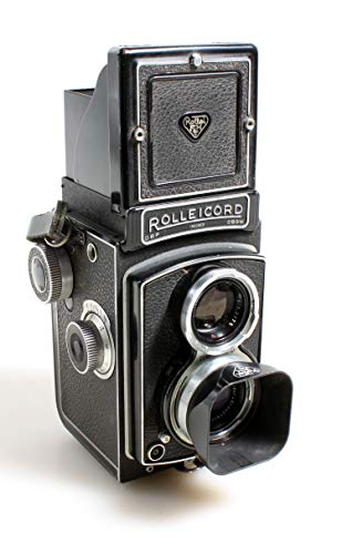 Rolleicord III TLR Camera W/Schneider Xenar 75mm F3.5 Lens and Hood