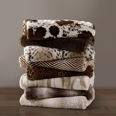 Member's Mark Luxury Faux Fur Throw Cheetah