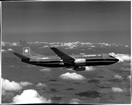 vintage-photo-of-maersk-737-300-is-the-first-of-boeing39s-new-142-seater-passenger-aircraft-to-opera