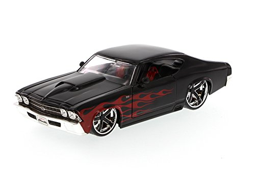 Chevelle Car (1969 Chevy Chevelle SS, Black - Jada Toys Bigtime Muscle 90213 - 1/24 scale Diecast Model Toy)