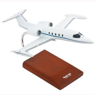 Learjet 35A - 1/48 scale model - 1/72 scale model