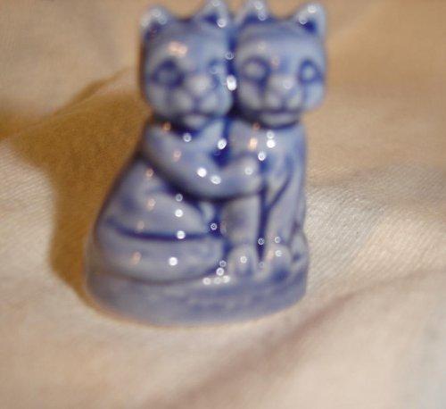 Kittens (Red Rose Tea/Wade Figurine, Pet Shop Series 2006-2008)