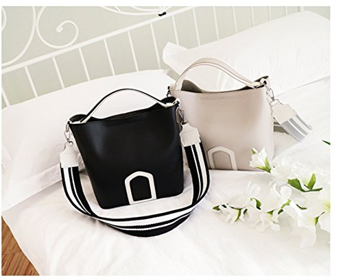 Rrock Wild Casual Shoulder Bag Messenger Bag Colored Fashion Wide Belt Bucket Bag, Gray Black