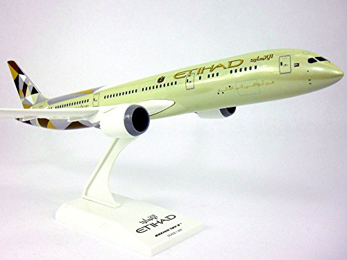 Boeing 787 (787-9) Dreamliner Etihad 1/200 Scale - Cathay Pacific Pilot